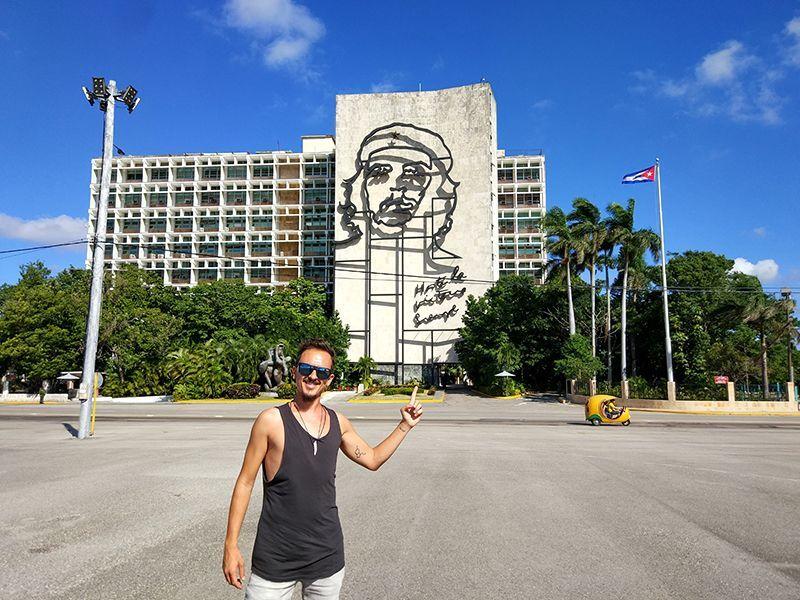 Galo en Cuba