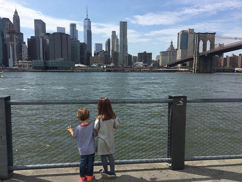 Frente al río Hudson